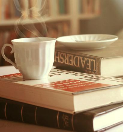 Romska kavica in knjige 01
